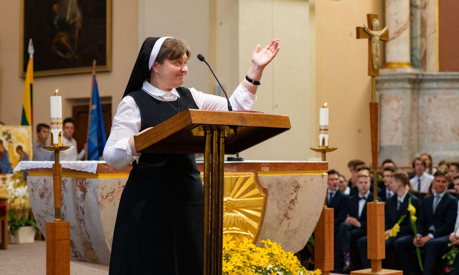 Sesuo Edita Šicaitė SSC. Šaltinis: svietimonaujienos.lt